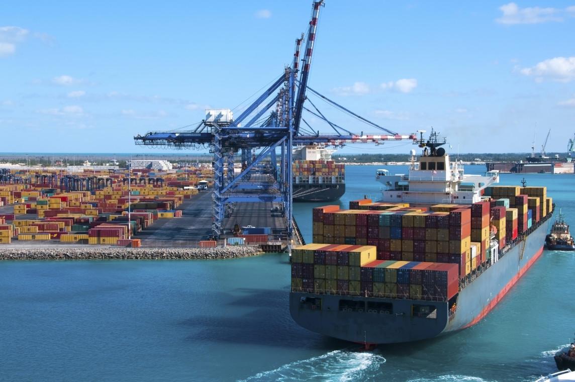 kontenerów morskich